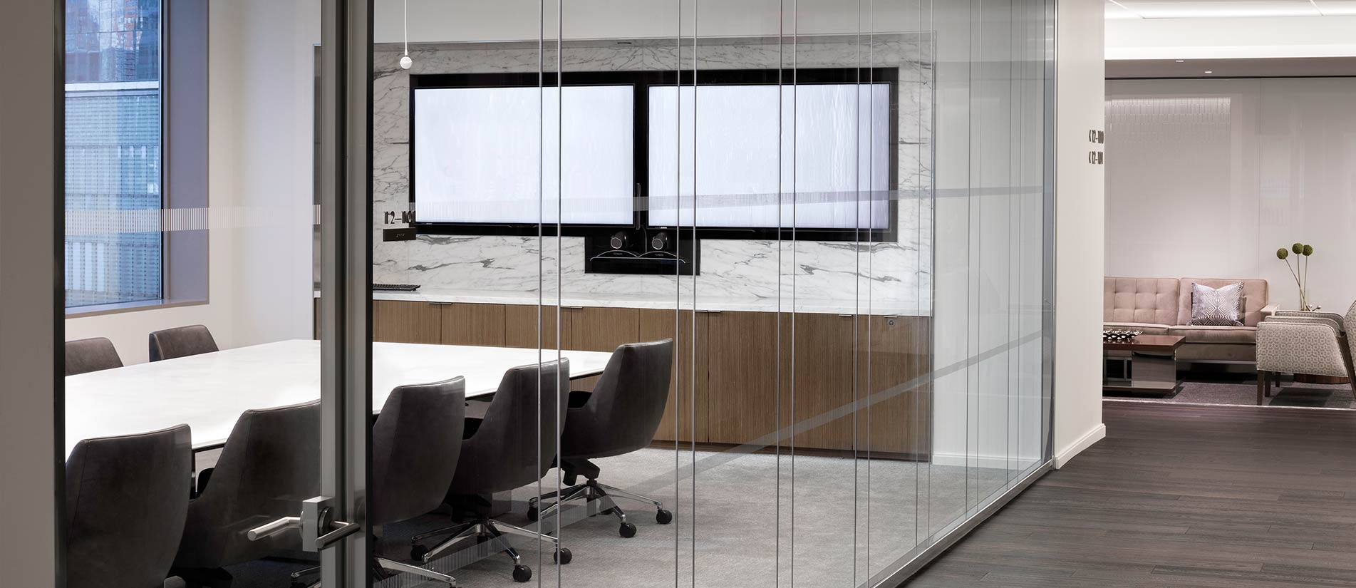 acoustic-glass-walls-sound-proofing-office-interior-gallery-2